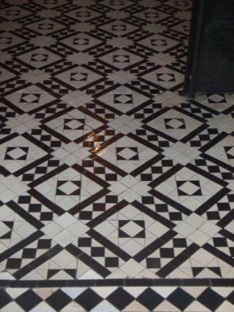 Geometric Floor After