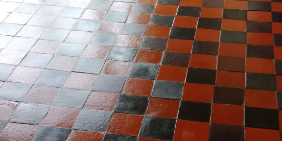 Cleaning Old Red Quarry Tiles in Treharris