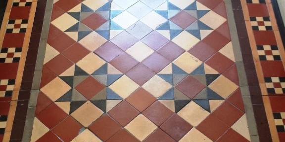1920's Victorian Tiled Hallway Floor Restored in Pontcana