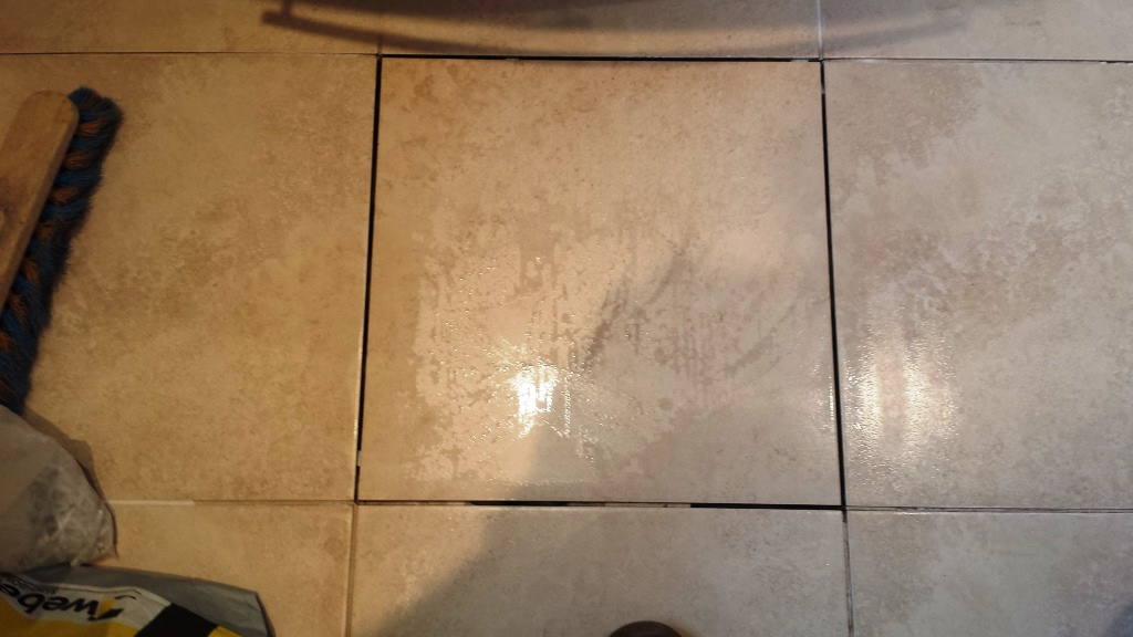 Tile Repair South East Wales Tile Doctor - How to repair bathroom floor tile